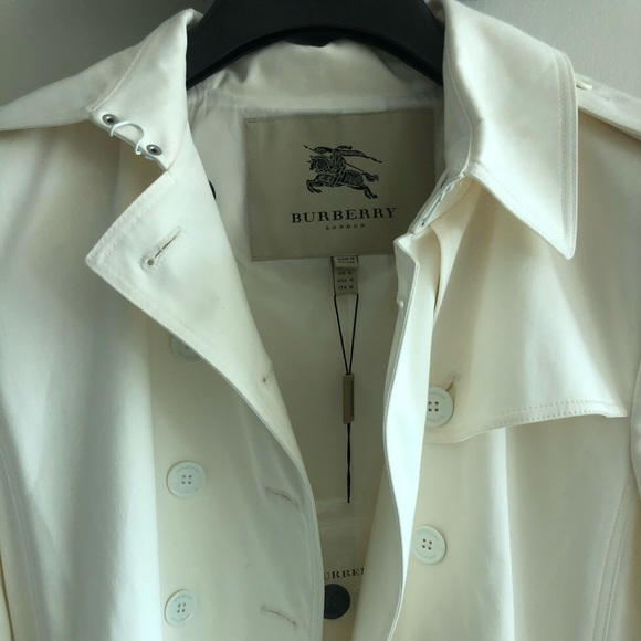 Burberry woman's trench